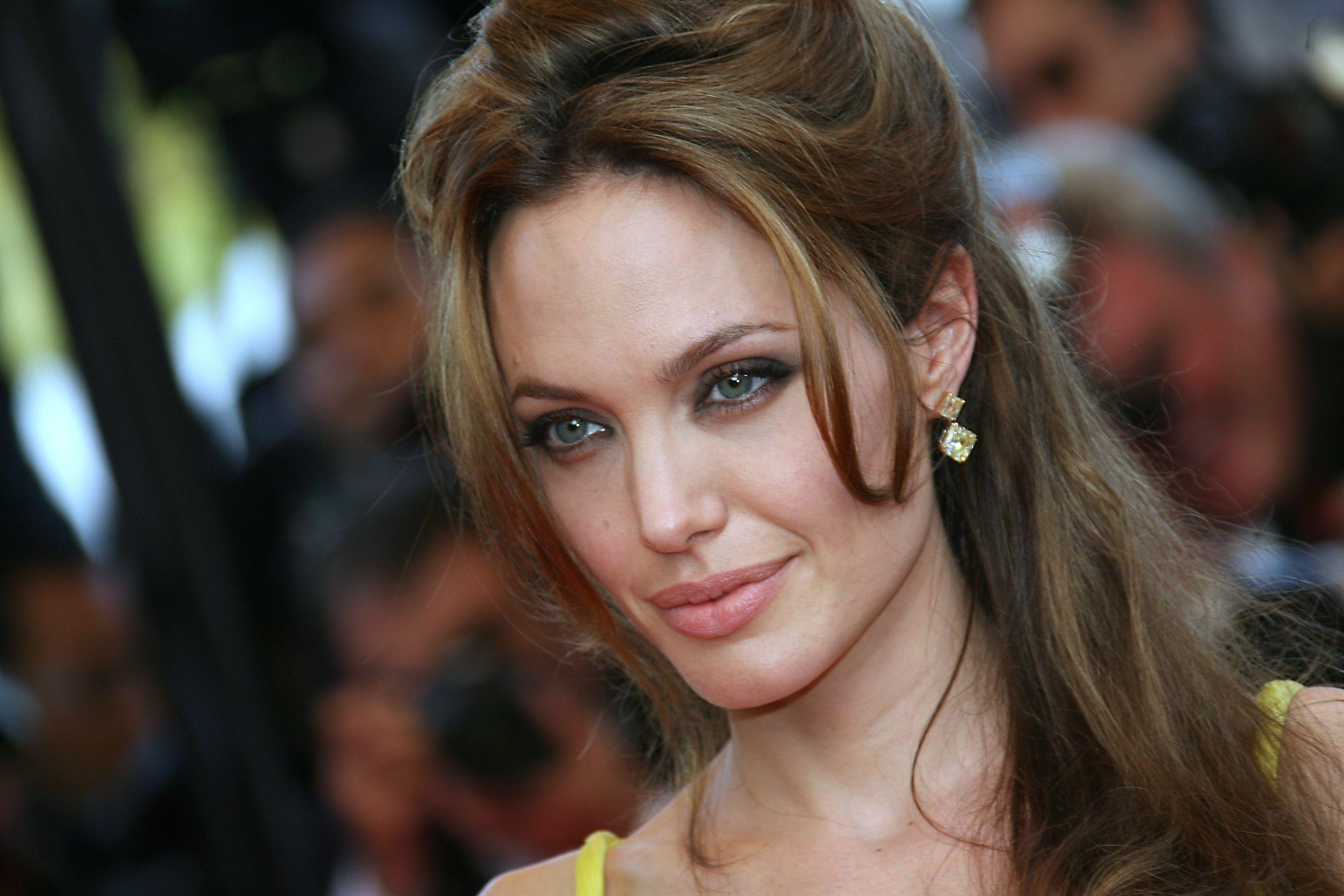 Анджелина Джоли призналась, почему так и не встретила мужчину после Брэда Питта
