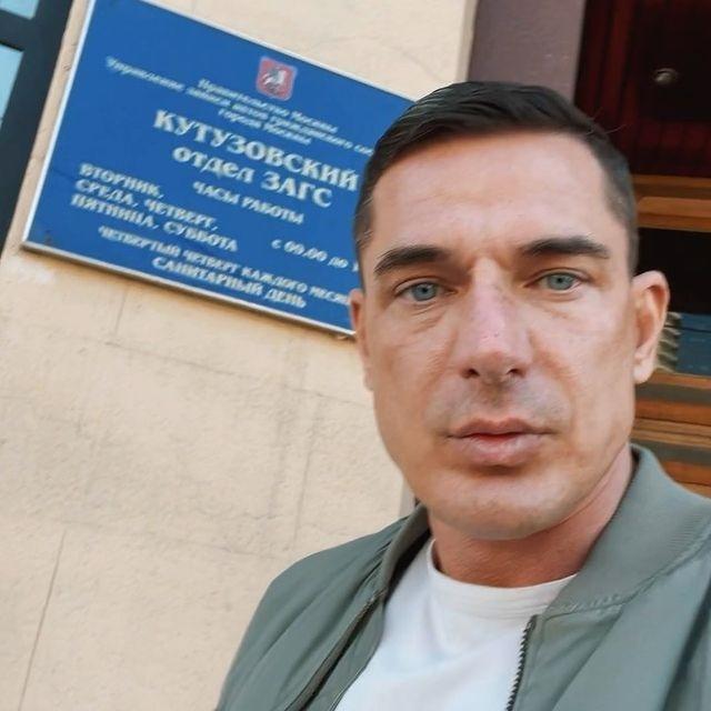 Муж Ксении Бородиной Курбан Омаров намекнул, где сейчас живет