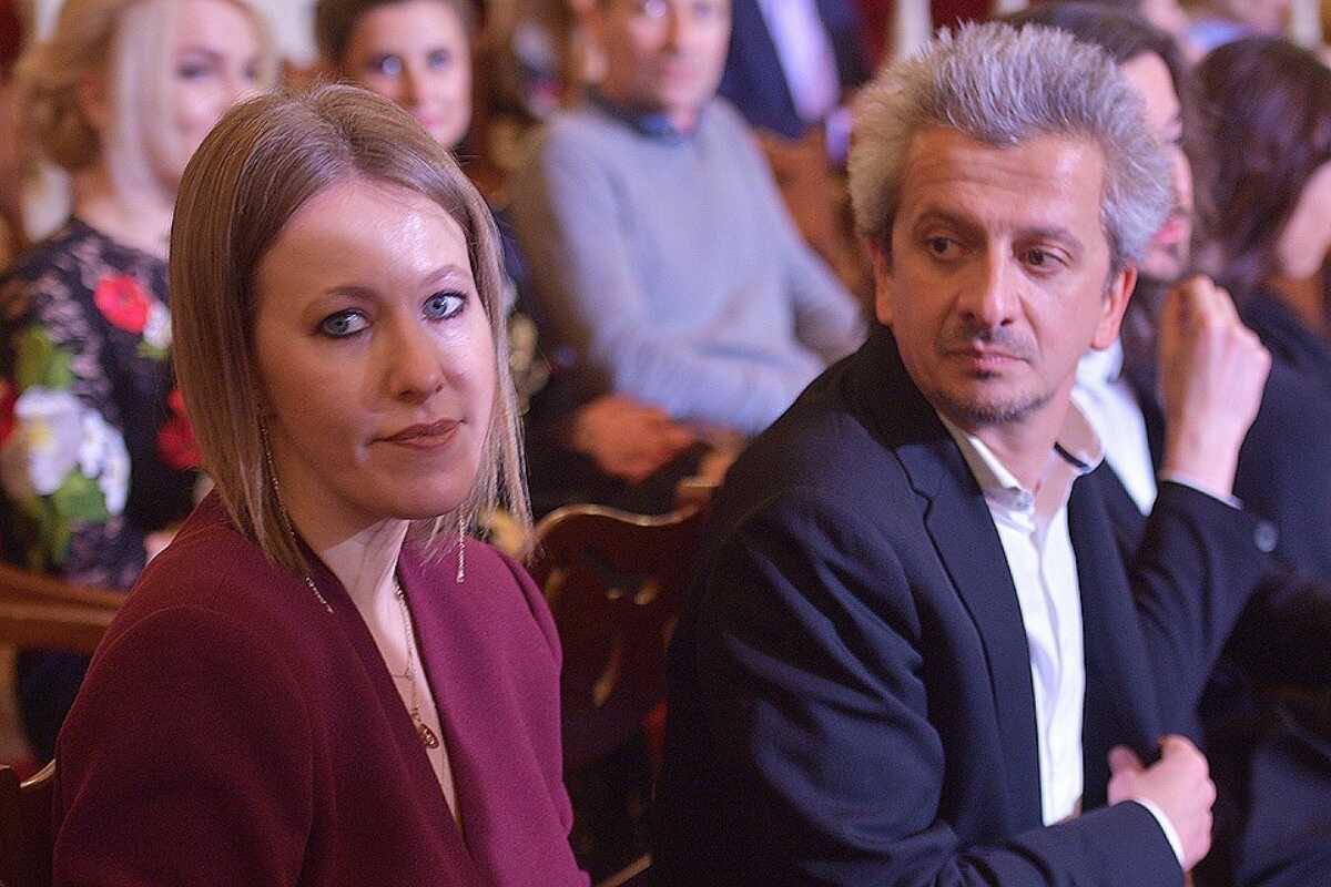 Сколько заработали Ксения Собчак и Константин Богомолов за голодный год пандемии