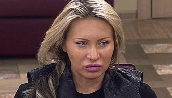 «У нас в семье принято ухаживать за собой»: Элина Камирен потратила 700 тысяч рублей на пластическую операцию для матери