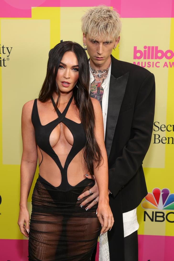 """""""Ауч. Мамочка пошла в разнос"""": Меган Фокс сверкнула грудью на Billboard Music Awards"""