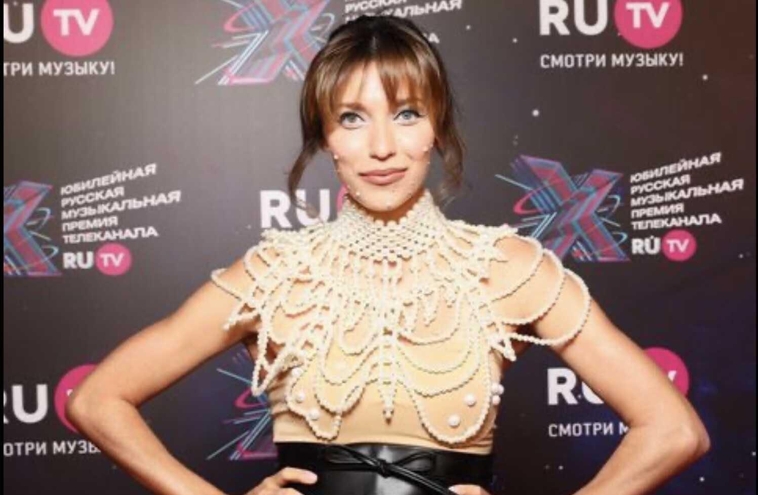 «Гадость!», «Не замазала гнойные прыщи?», «Это лямблии или бородавки?»: Регина Тодоренко вышла в свет с неудачным макияжем