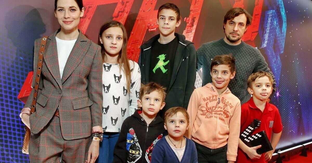 «Можно с ума сойти»: Евгений Цыганов высказался о количестве своих детей