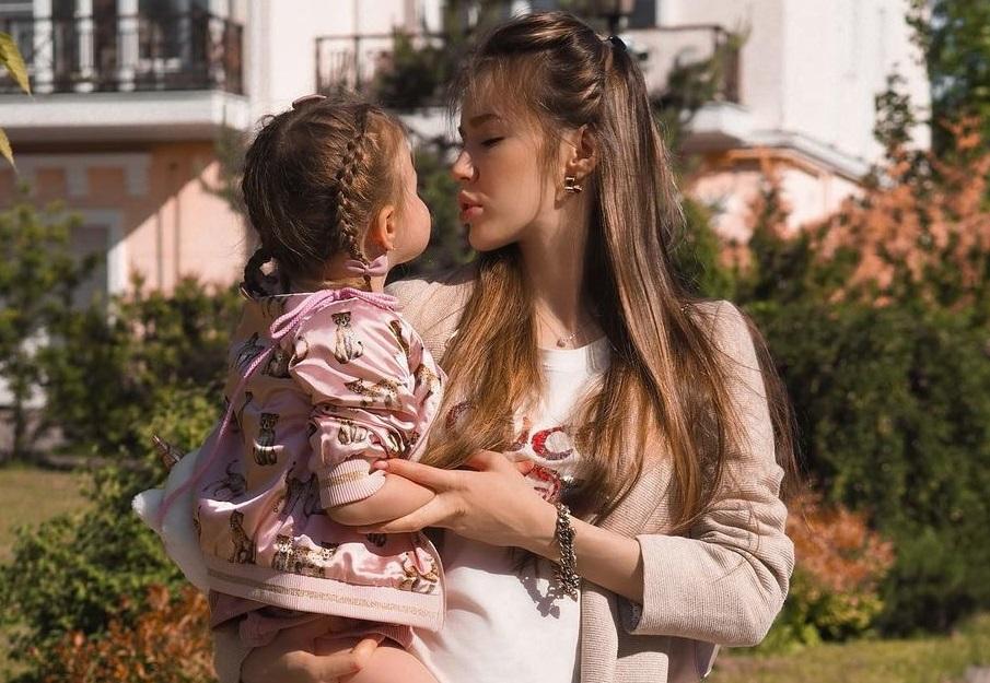 Анастасия Костенко и Дмитрий Тарасов ищут новое жильё