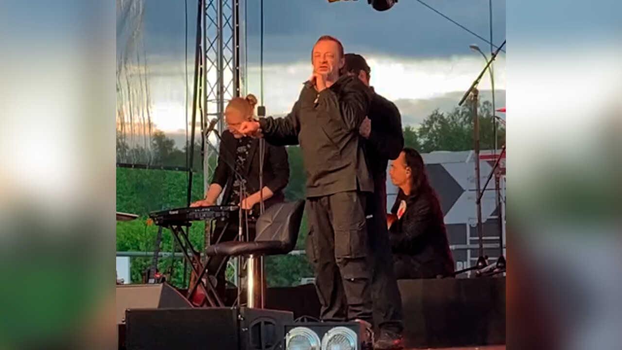 «Едва стоял на ногах»: Глеб Самойлов вышел пьяным на сцену
