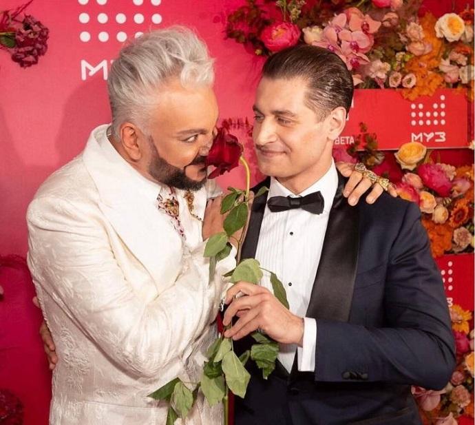 После «свадьбы» Филиппа Киркорова и Давы Роскомнадзор решил провести проверку по факту пропаганды гомосексуализма