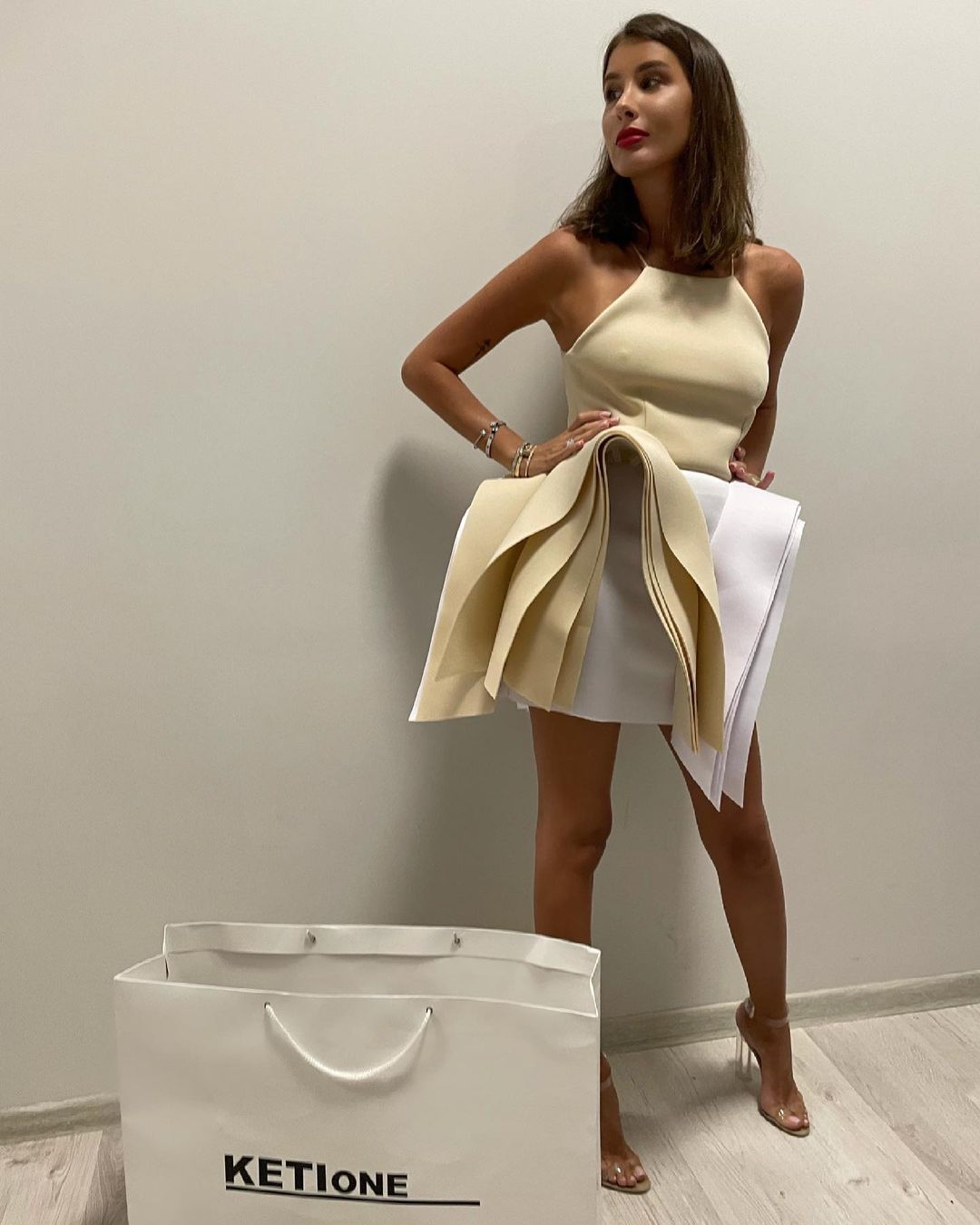 Рейтинг дня: платье Кети Топурии сравнили со стопкой полотенчиков для кухни