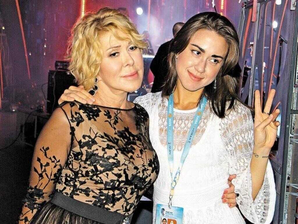 «Хотят пристроиться»: Любовь Успенская нелестно высказалась о женихах своей дочери