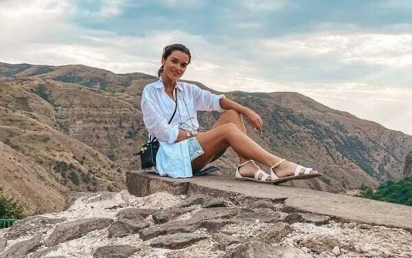 «Теперь армянин?»: Ксения Бородина путешествует по Кавказу с новым мужчиной