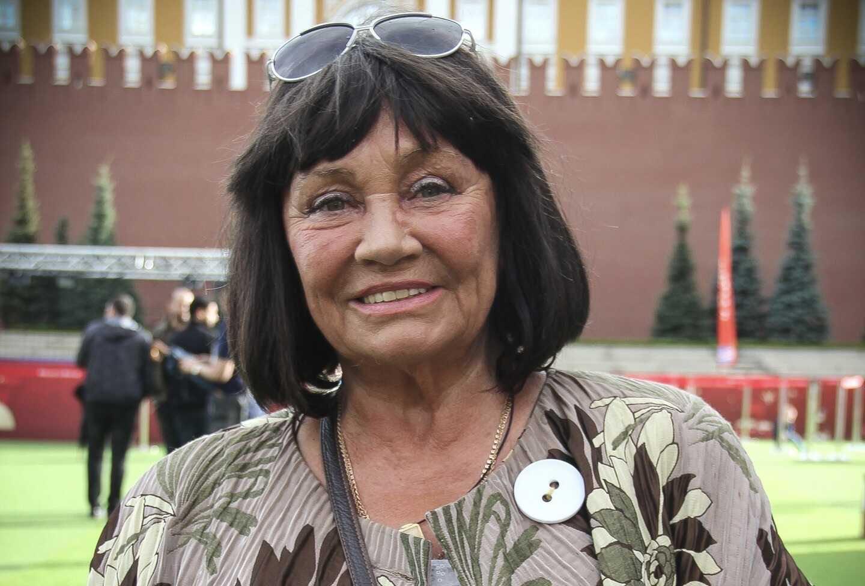 «Я себя презираю и расплачиваюсь»: Лариса Лужина призналась, что вела разгульный образ жизни