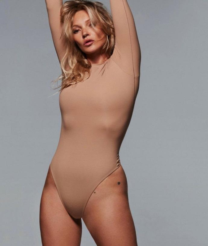 Кейт Мосс позирует топлес для бренда Ким Кардашьян