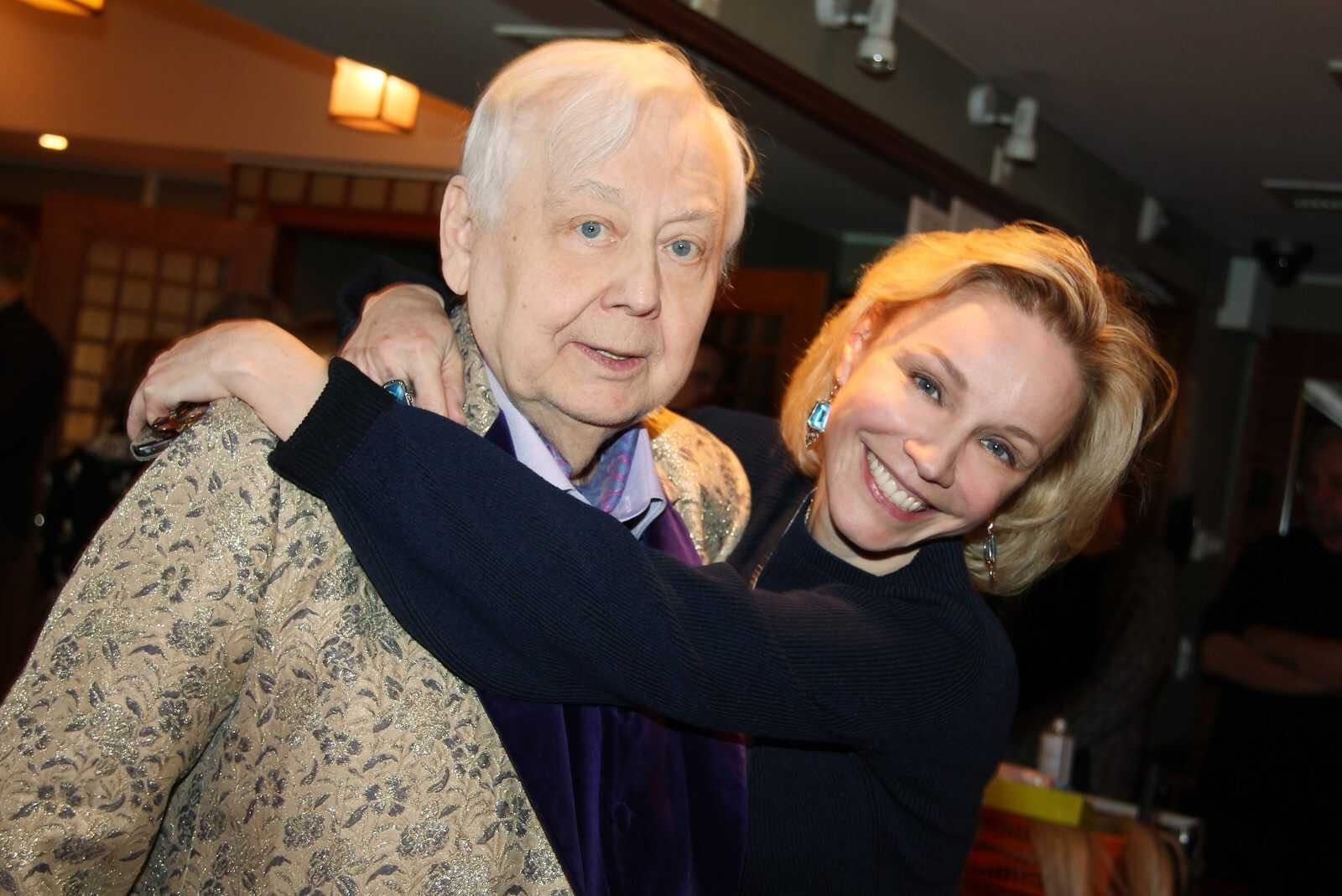 Марина Зудина вспомнила, как упрашивала Олега Табакова родить ему ребёнка