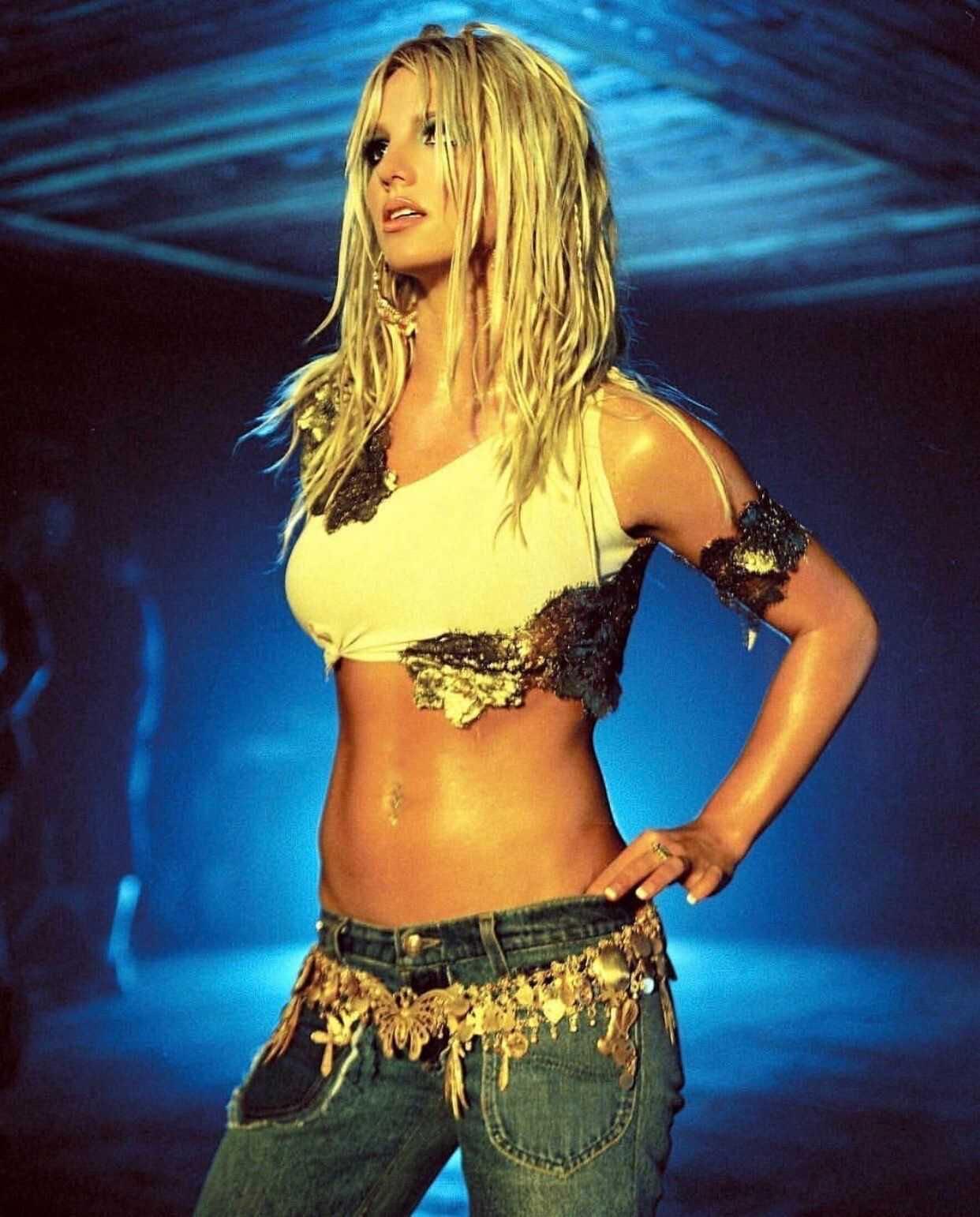 Бритни Спирс заявила об уходе со сцены