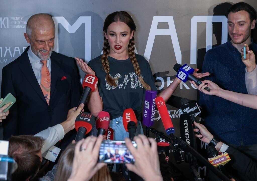 МХАТ снова заключил контракт с Ольгой Бузовой