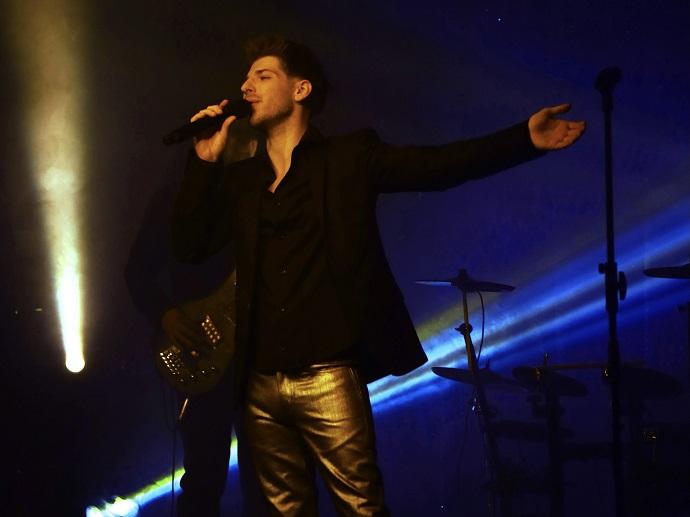 «Для тех, кто понимает»: Александр Эгромжан готовит к выпуску новый альбом