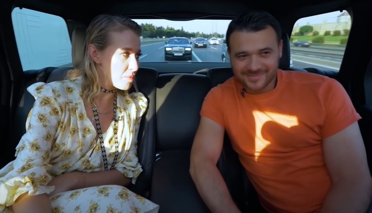 Эмин Агаларов просит у отца частный самолёт