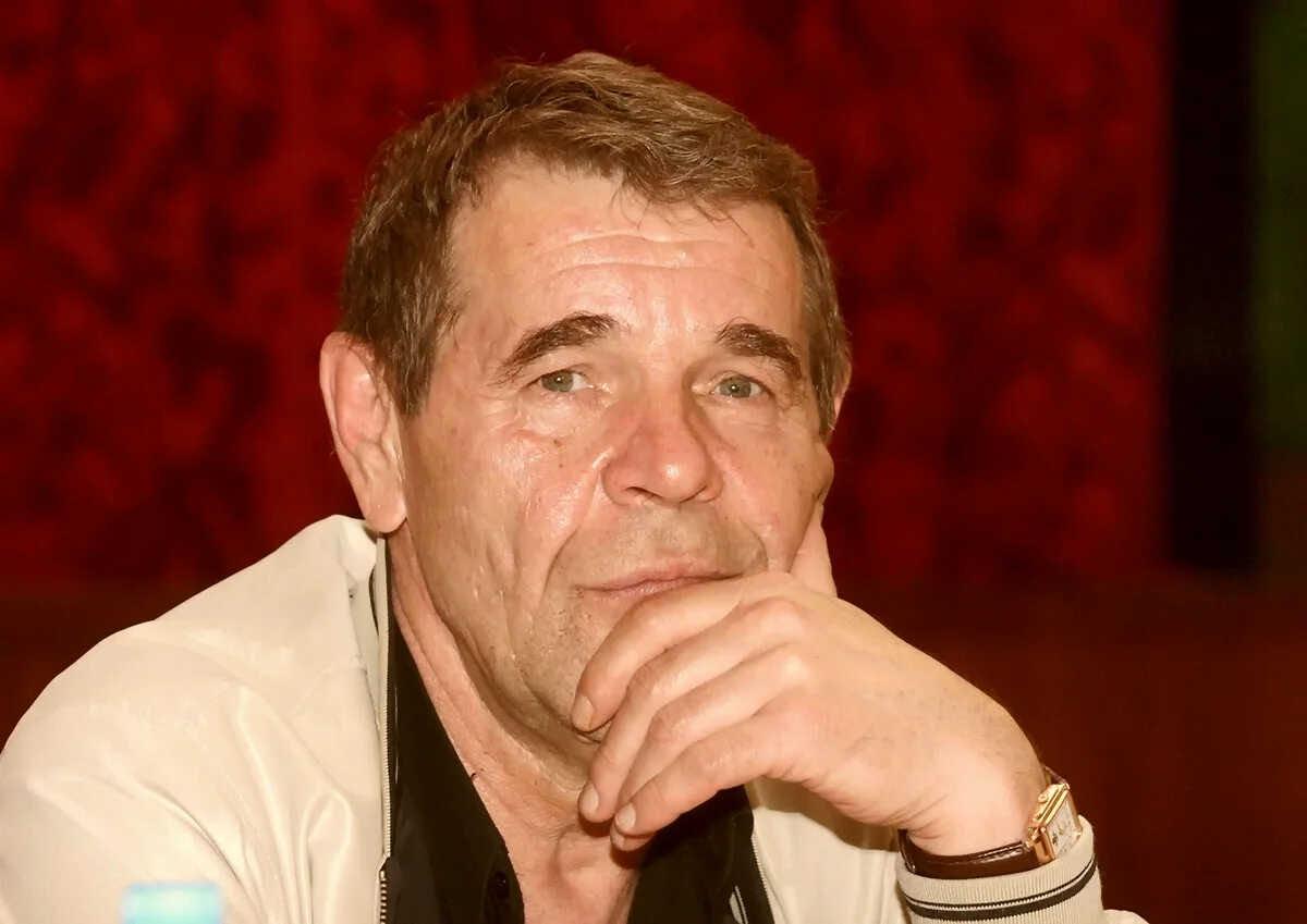 «Народ должен!»: родственники Алексея Булдакова намерены установить ему памятник за 10 млн рублей за счёт населения страны