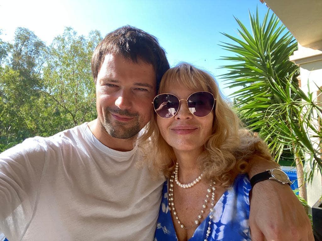 """""""Ах, какая!"""": Данила Козловский впервые за долгое время опубликовал фото любимой женщины"""
