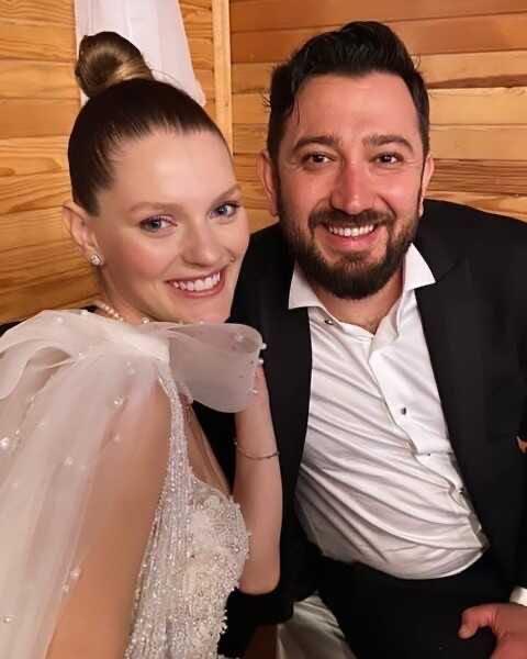 Гезде Туркер вышла замуж