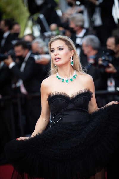 Виктория Боня объявила о переменах в личной жизни, кинув камень в огород Ольги Бузовой
