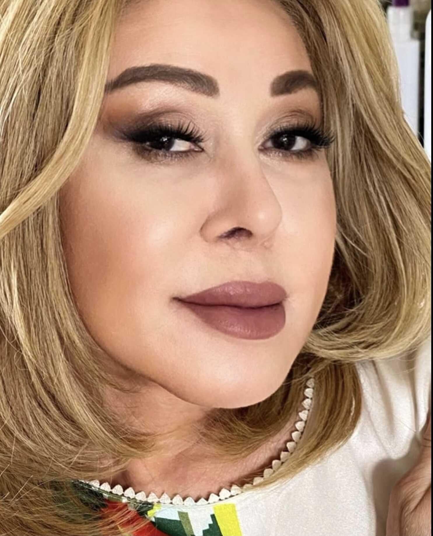 «Что за пучки волос торчат из носа?!»: Любовь Успенская неудачно сменила стилиста, или же фильтр?
