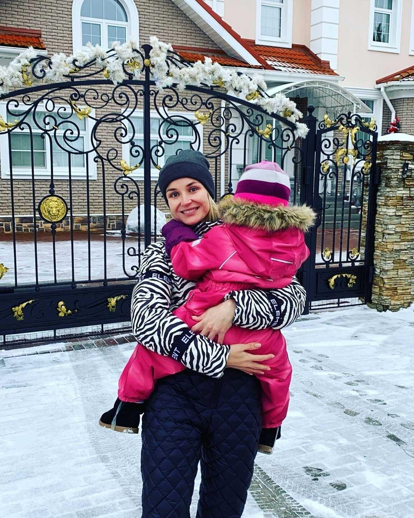 «А вдруг она не вернётся?»: дочь Полины Гагариной опасается, что певица её бросит