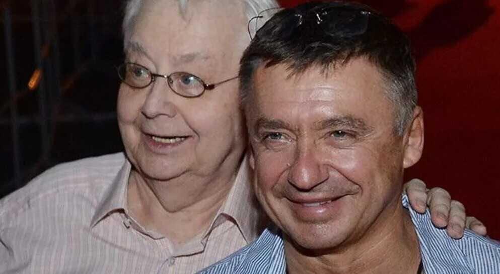 После смерти Олега Табакова его старший сын погряз в миллионных долгах