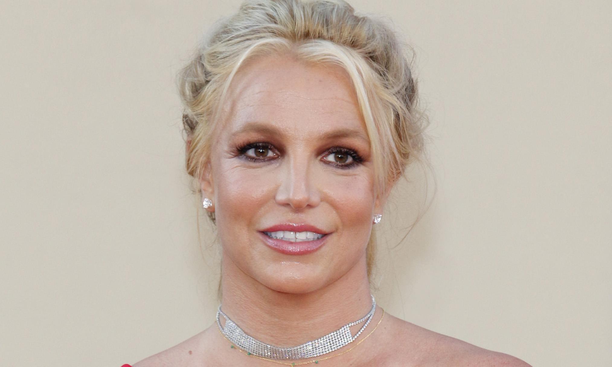 «Уволена!»: Бритни Спирс выгнала домработницу, обвинившую ее в избиении