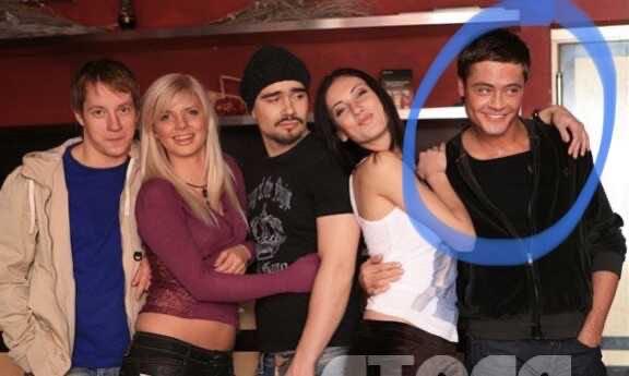 Дима Билан и его бойфренд уединились на вилле с двумя страшненькими подружками