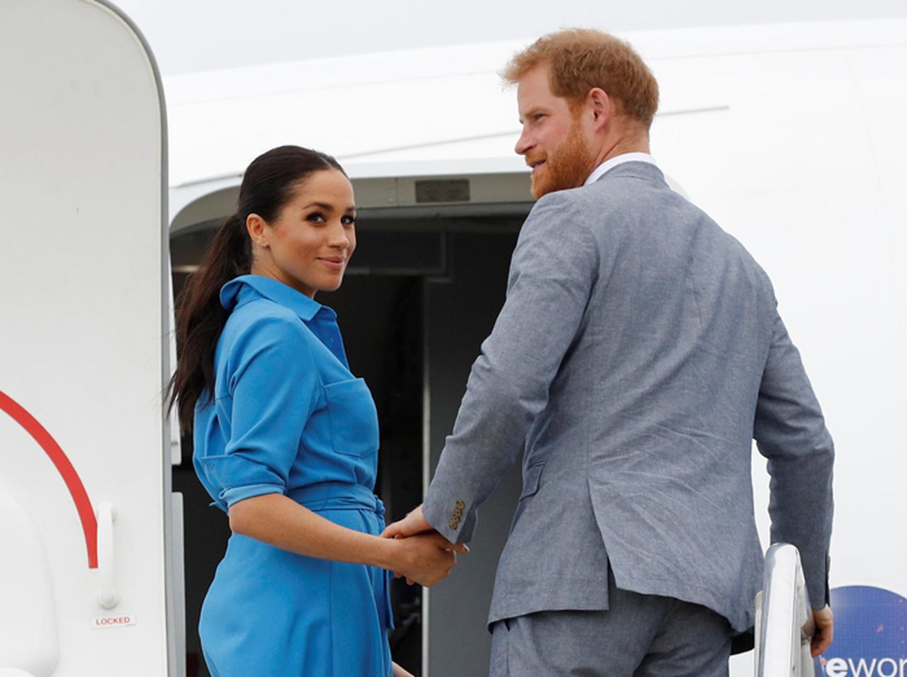 «А сами кричат о спасении экологии»: принца Гарри и Меган Маркл осудили за постоянные перелеты на частных самолетах