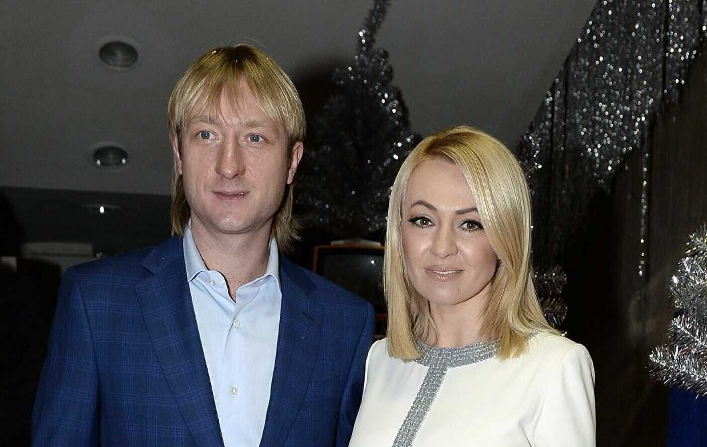 Яна Рудковская сообщила, что снова готовится стать мамой