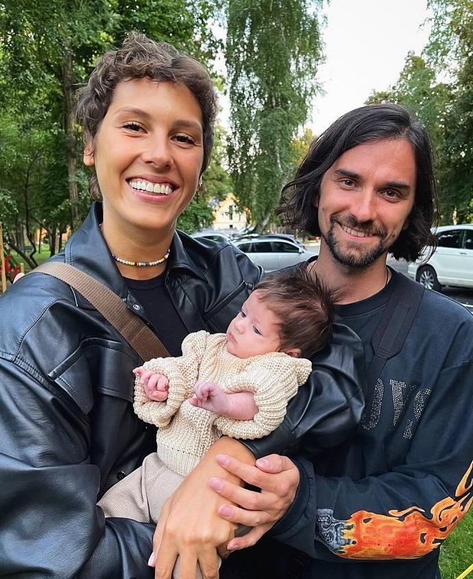 Irina Gorbacheva and Anton Savlepov have a child