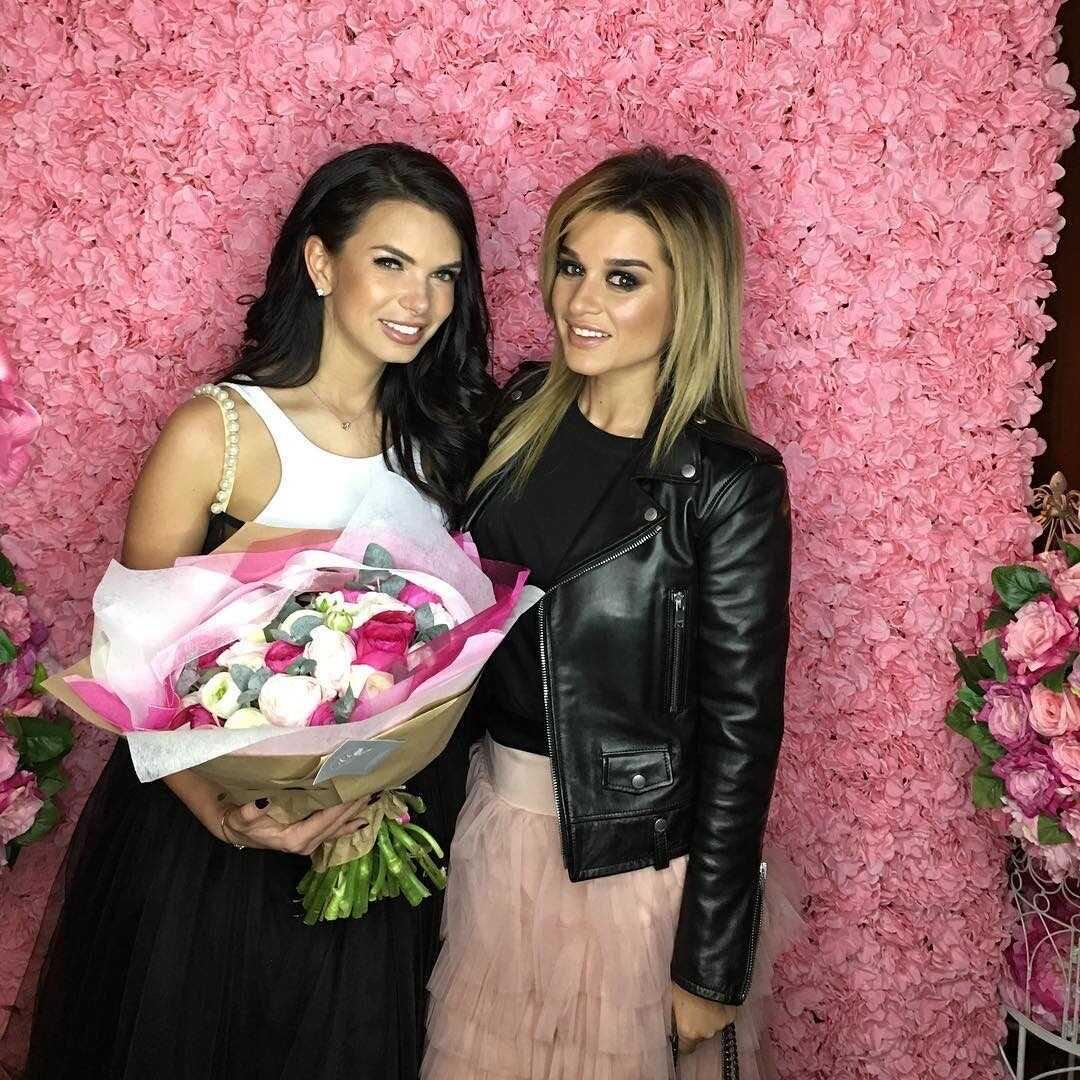 Катя Жужа ответила, поддержала ли Ксению Бородину после развода