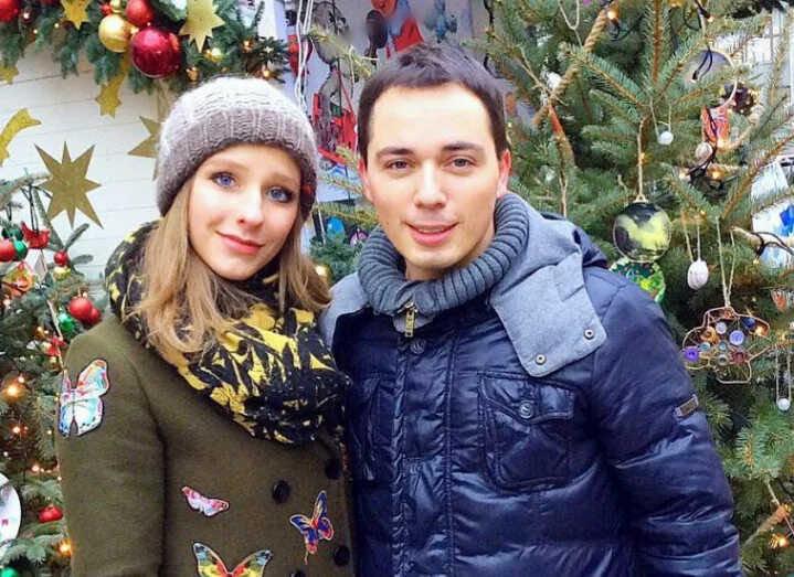 «Бесконечно люблю»: Родион Газманов намерен увезти Лизу Арзамасову от мужа и ребёнка