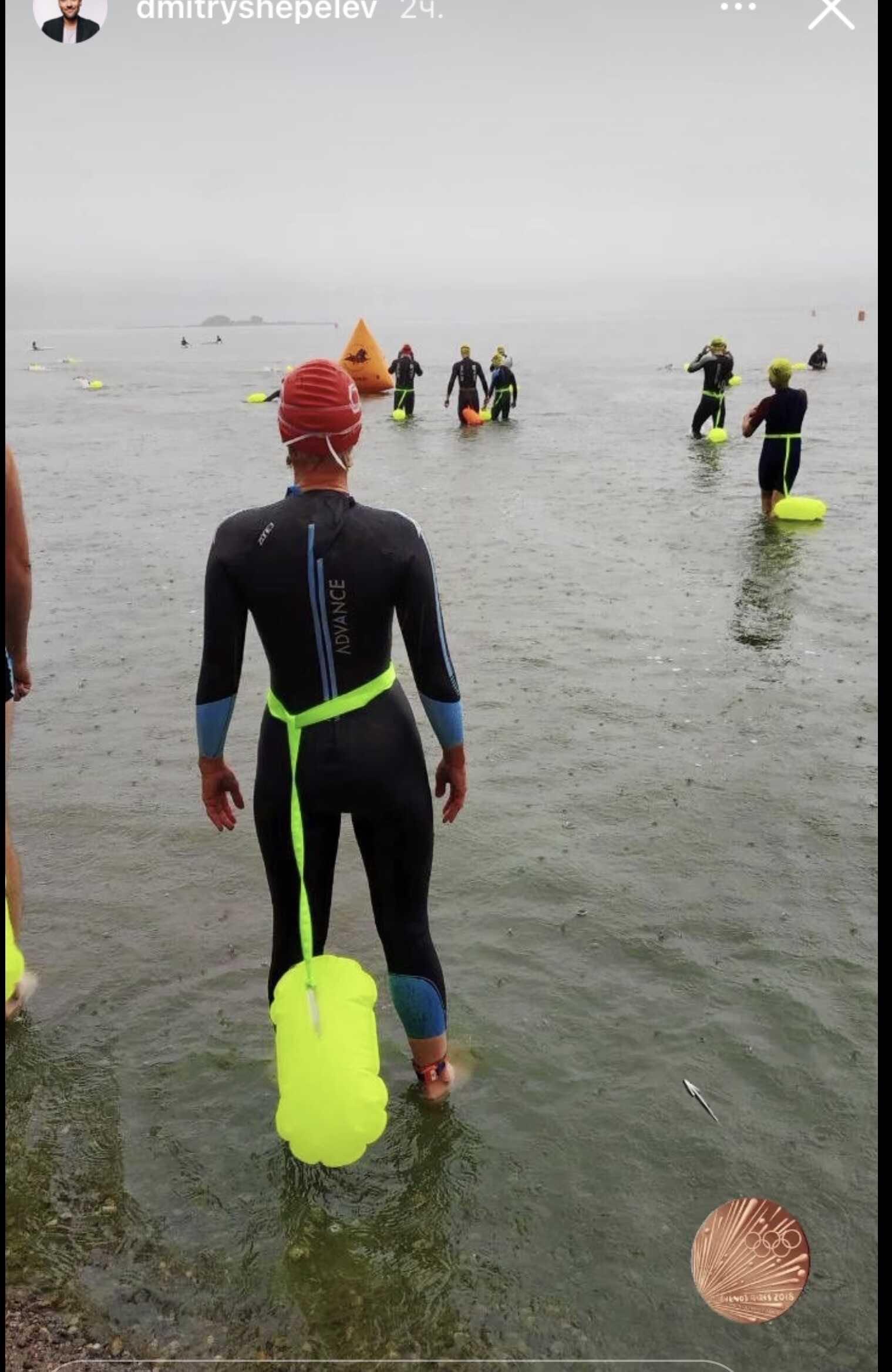 62-летняя пловчиха-мать Дмитрия Шепелева поразила пользователей своей стройной фигурой