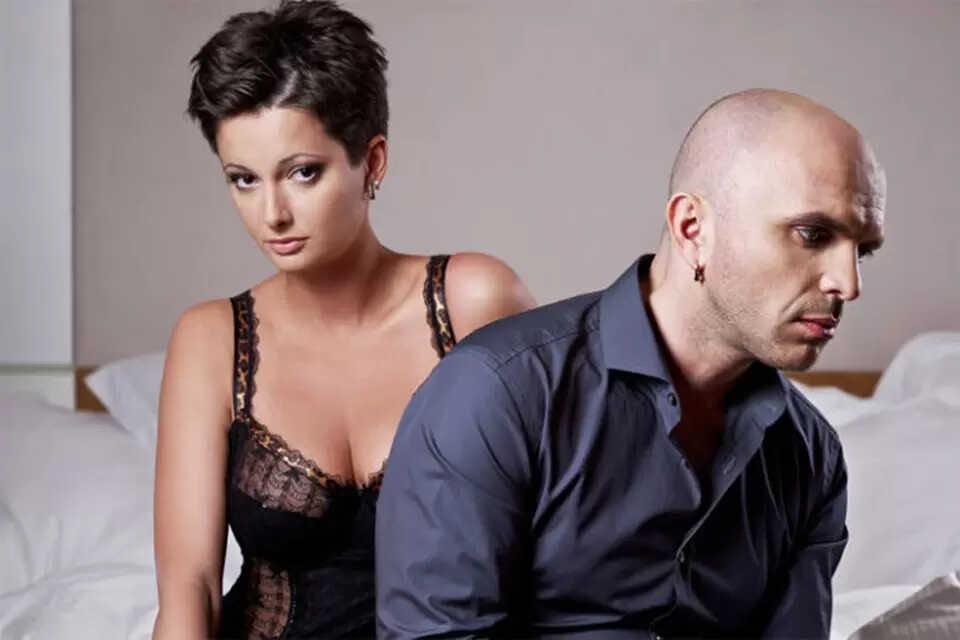 Экс-солист группы «Непара» Александр Шоуа намекнул, что у Виктории Талышинской проблемы с алкоголем
