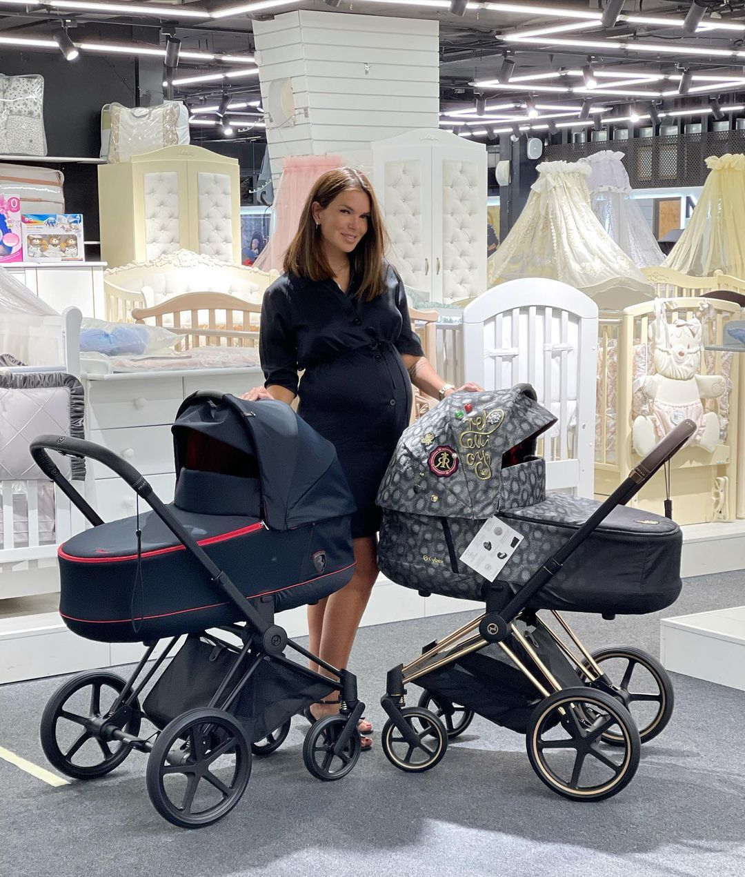 Katya Zhuzha told where to buy budget clothes for the last months of pregnancy