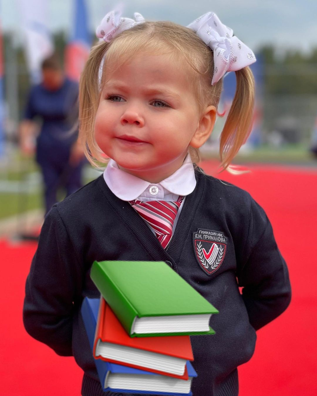 Лера Кудрявцева отправила 3-летнюю дочку Машу в гимназию