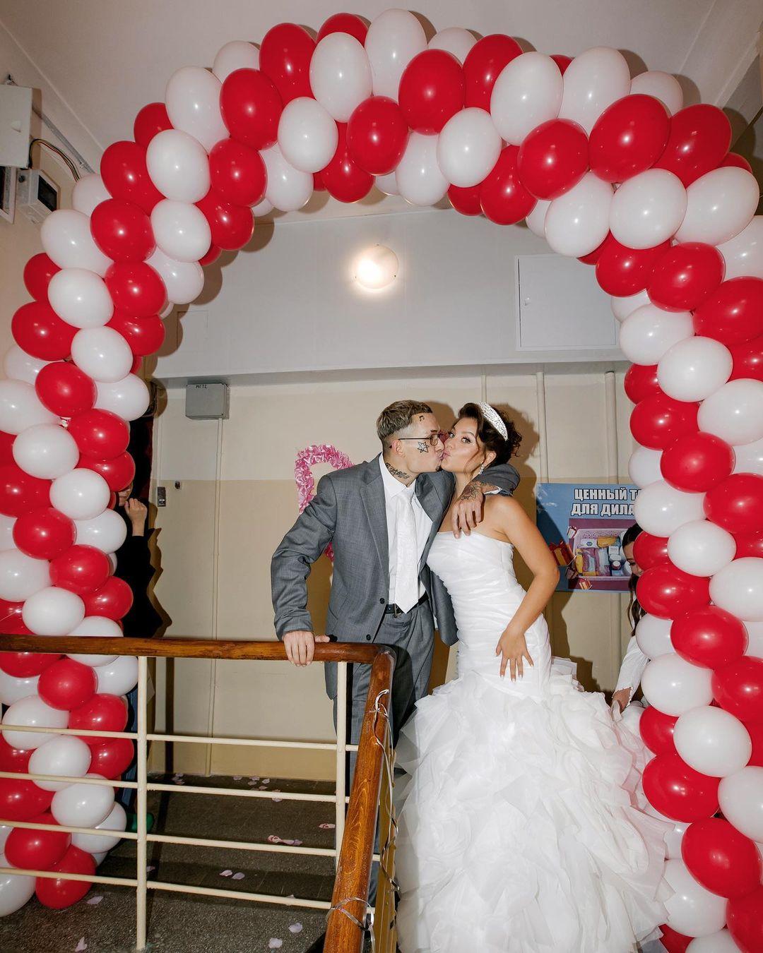Моргенштерн опубликовал фотографии второй части своей отвязной свадьбы