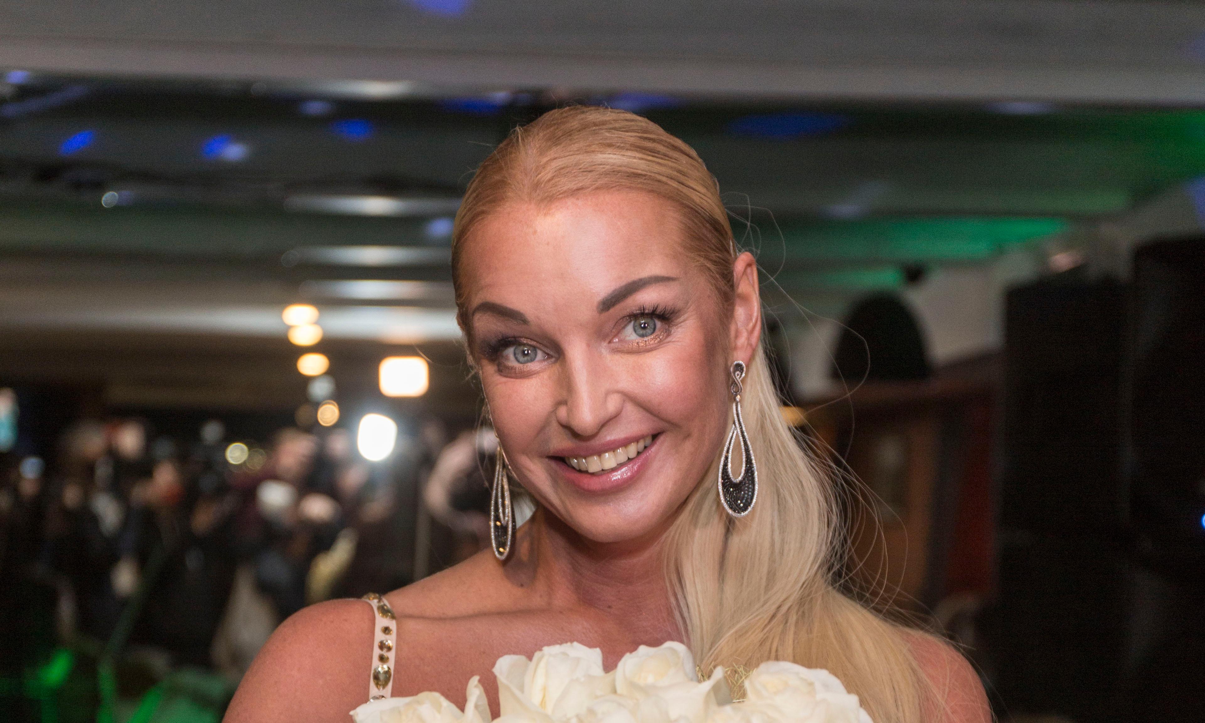 Anastasia Volochkova's neighbors declared war on the ballerina