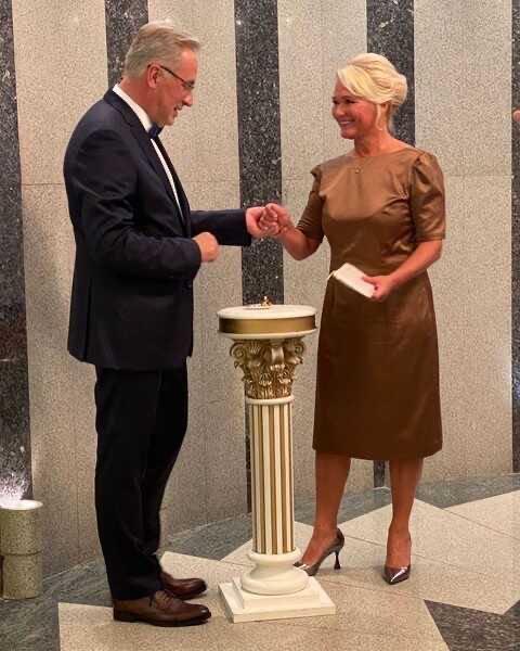 Андрей Норкин, год назад похоронивший жену, снова женился