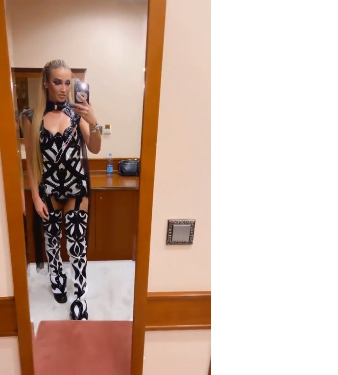 During a performance in Surgut, Olga Buzova had to change her panties