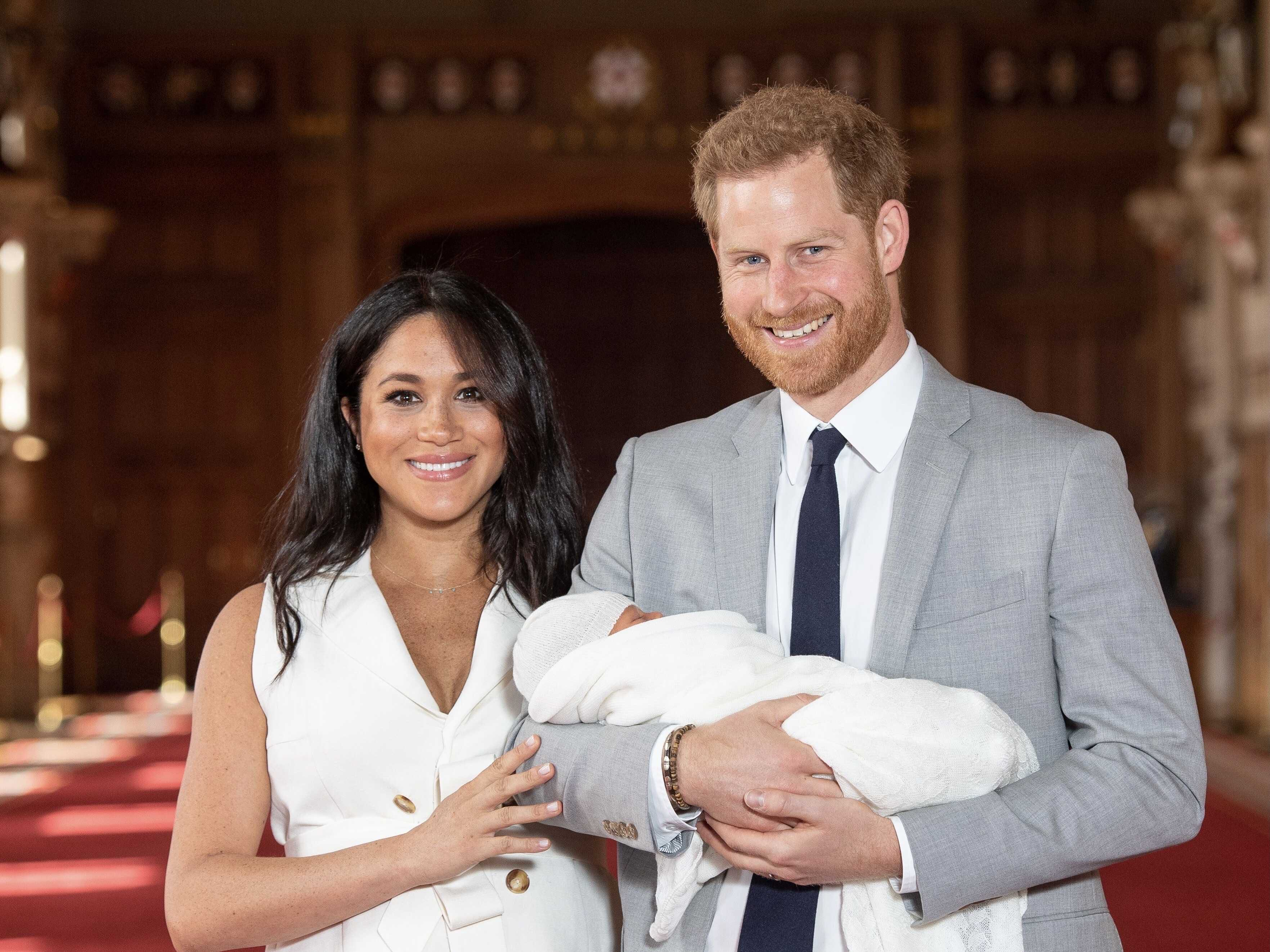 The British are unhappy that Meghan Markle and Prince Harry asked Elizabeth II to meet