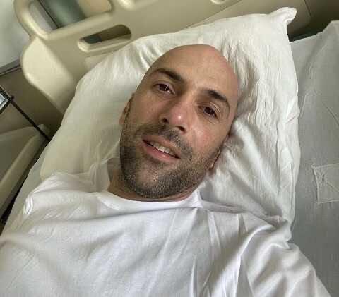 Танцор Евгений Папунаишвили экстренно госпитализирован