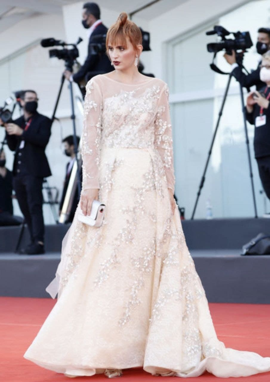 Actress Agata Maksimova once again shines on the red carpet