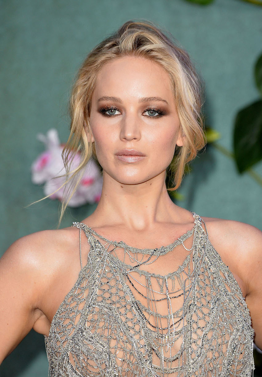 Jennifer Lawrence is pregnant by a New York gallery owner