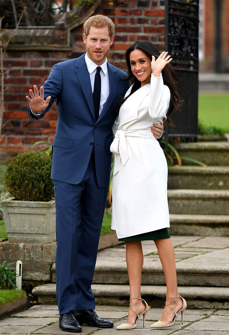 Meghan Markle and Prince Harry booed in London