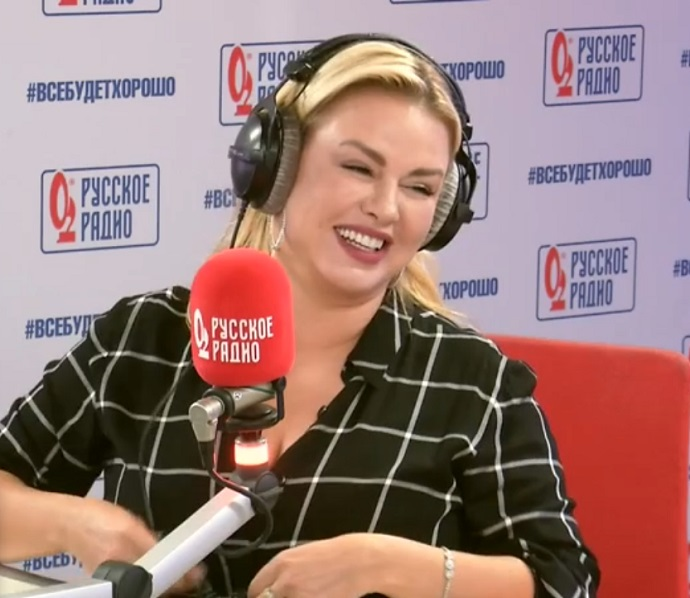 Anna Semenovich managed to simultaneously confirm and refute her new novel