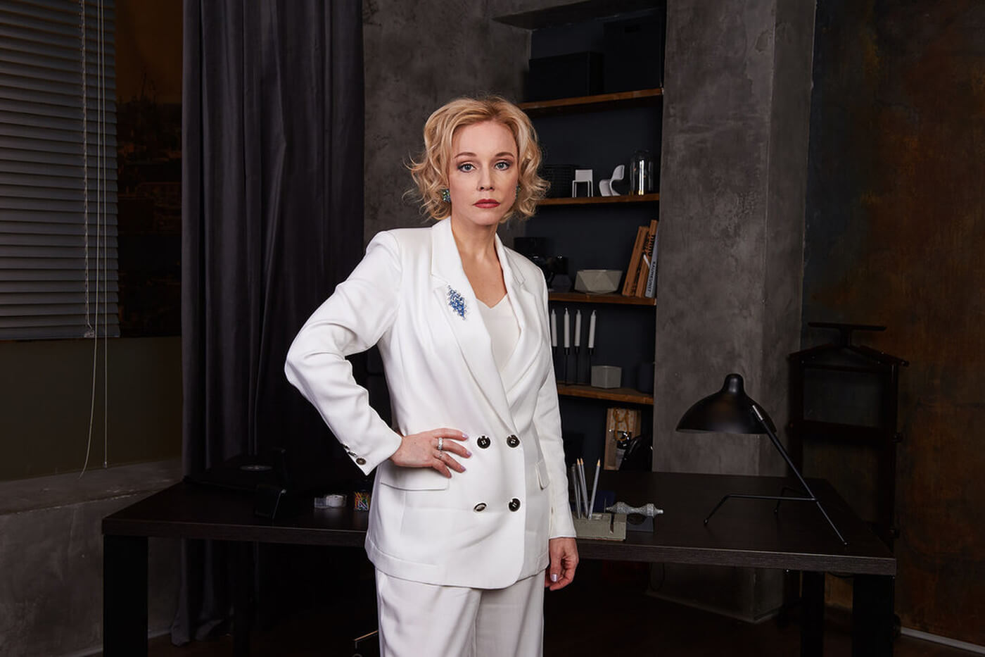 How much does Marina Zudina, dismissed from the Moscow Art Theater, earn?
