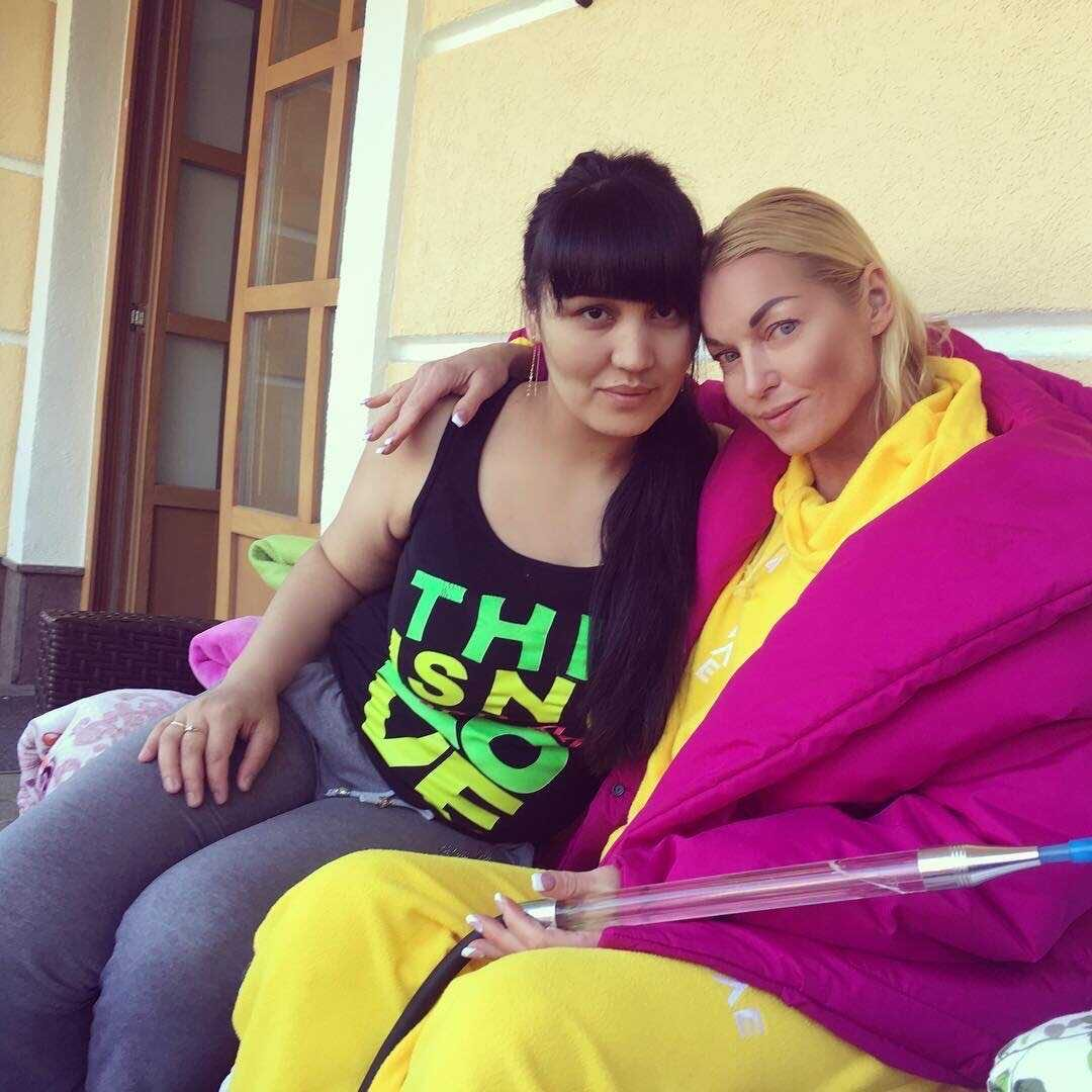 The ex-soloist of the Strelki group told how the children of the servants of Anastasia Volochkova have a nightmare in an elite village
